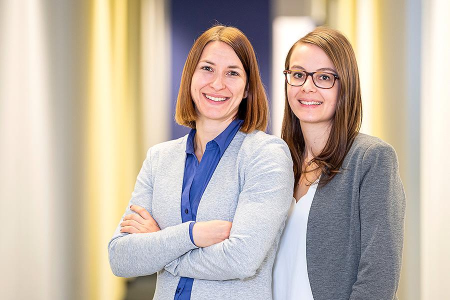Julia Gebelein und Katharina Deuter